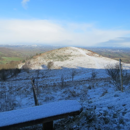 Snow bench End Hill.JPG